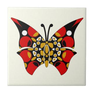 Carmesí y teja de Trivet de las mariposas del oro