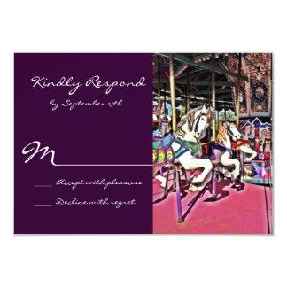 """Carnaval púrpura del caballo del carrusel que casa invitación 3.5"""" x 5"""""""