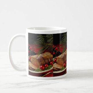 Carne asada de carne de vaca cortada con las manza taza de café