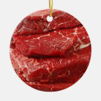 Carne cruda roja adorno navideño redondo de cerámica