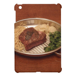 Carne de vaca, tallarines, coriandro y microproces