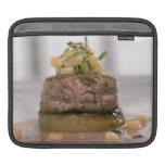 Carne presentada con la cebolla funda para iPads