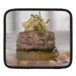Carne presentada con la cebolla mangas de iPad
