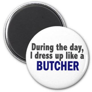 Carnicero durante el día imán de frigorífico