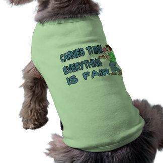 Carnies piensa que todo es justo ropa macota