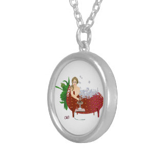 Carola boum round pendant necklace