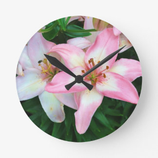 """""""Carole's Flowers"""" collection Round Clock"""