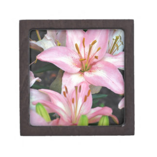 """""""Carole's Flowers"""" v collection Jewelry Box"""