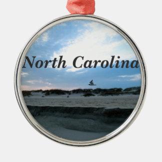Carolina del Norte Adorno Redondo Plateado
