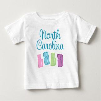 Carolina del Norte linda embroma la camiseta