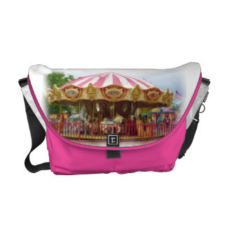 Carousel Commuter Bag
