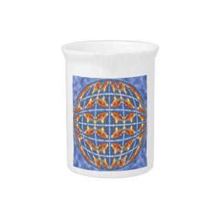 Carpa múltiple del koi en esfera jarras de beber