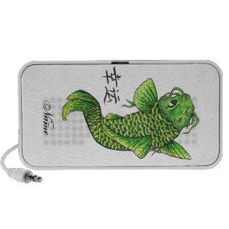 Carpa verde afortunada oriental fresca de los pesc iPod altavoz