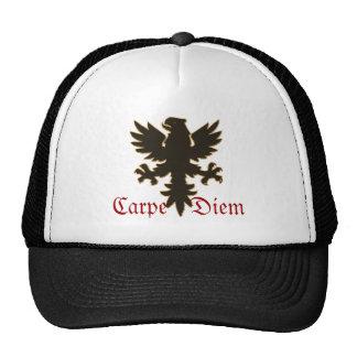 """""""Carpe Diem"""" agarra el día con el gorra negro del"""