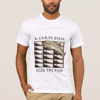 Carpe Diem agarra la camiseta de los pescados