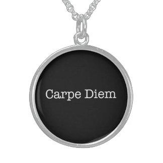 Carpe Diem agarra la cita del día - citas Collares De Plata Esterlina