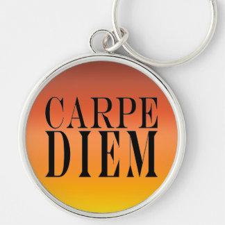 Carpe Diem agarra la felicidad latina de la cita Llavero Redondo Plateado