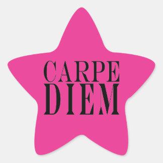Carpe Diem agarra la felicidad latina de la cita Pegatina Forma De Estrella