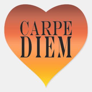 Carpe Diem agarra la felicidad latina de la cita Pegatina En Forma De Corazón