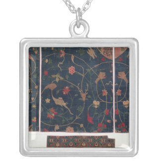 Carpet decorated with animals silver plated necklace