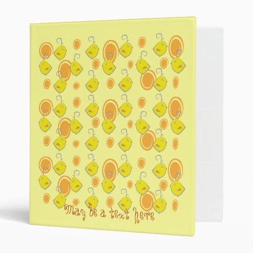carpeta amarilla del pájaro de bebé