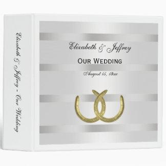 Carpeta blanca del boda de la plata de oro rústica