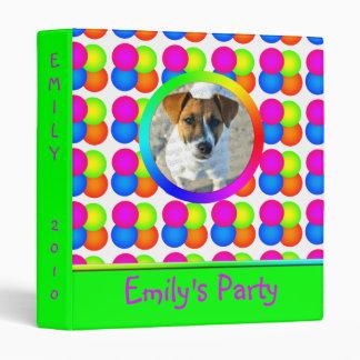 Carpeta brillante del cumpleaños de las burbujas