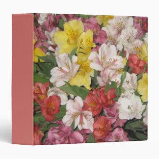 Carpeta colorida del diseño floral