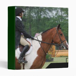 Carpeta de anillo de la demostración del caballo