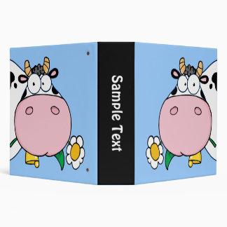 Carpeta de Avery de la vaca de la mirada furtiva