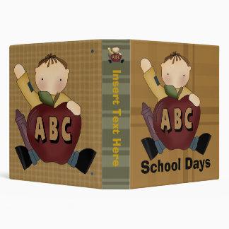 Carpeta de Avery de los días escolares