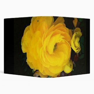 Carpeta de Avery de los rosas amarillos