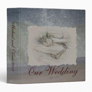 Carpeta del boda del corazón de la playa