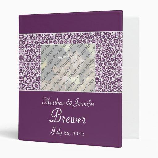 Carpeta del boda del damasco y libro púrpuras de l