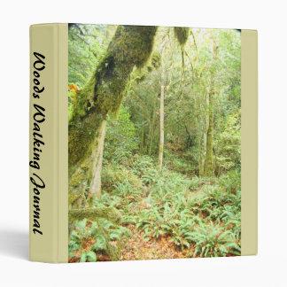 Carpeta del diario de maderas que camina
