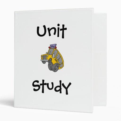 Carpeta del estudio de la unidad del autobús escol