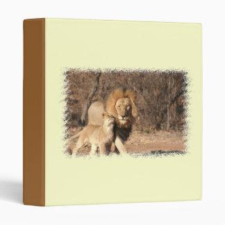 Carpeta del león y de Cub de león