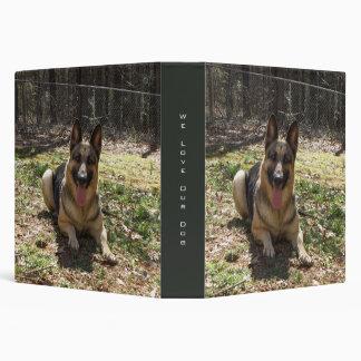 Carpeta del perro de pastor alemán