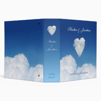 Carpeta del planificador de la nube que se casa nu