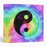 Carpeta descolorada de Yin Yang del arco iris