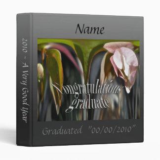 Carpeta graduada de florecimiento de la enhorabuen