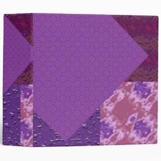Carpeta modelada púrpura