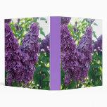 Carpeta púrpura bonita de las lilas
