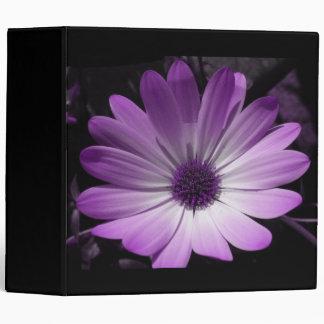 Carpeta púrpura de Avery de la flor de la margarit