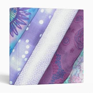 Carpeta púrpura de Avery de la tela del edredón