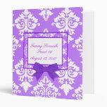 Carpeta púrpura y blanca del damasco