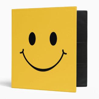Carpeta sonriente feliz de la cara