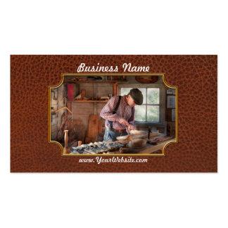 Carpintero - tallando - talla de un pato tarjetas de visita