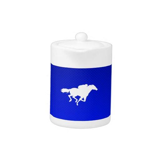 Carrera de caballos azul