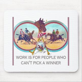 Carrera de caballos divertida - trabaje para la alfombrillas de raton